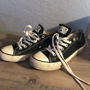 Used Black Converse. Women's 7.5